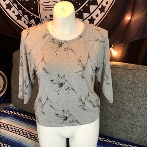 Gray floral top SOFT